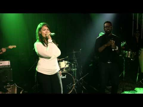 Uptown Funk | Candela cover | Undercover Live Entertainment