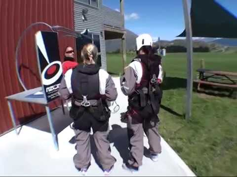 Botts and KW skydiving in Queenstown