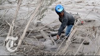 Mount Sinabung Volcano Eruption 2014: Destruction in Indonesia | The New York Times