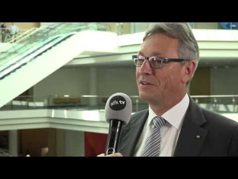 Interview: Siegfried Schneider über Bedeutung von Lokaljournalismus