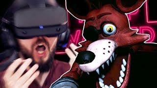 Getting VERY Scared In Five Nights At Freddy's VR (FNAF VR)