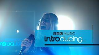 Vukovi - Run/Hide (BBC Music Introducing Session)