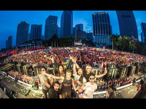 Steve Aoki at Ultra Music Festival 2015
