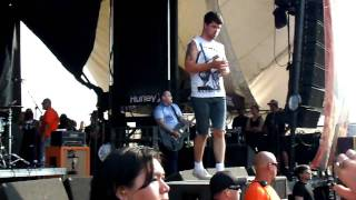 Alexisonfire - Accidents @ The Warped Tour 2009 - Mississauga
