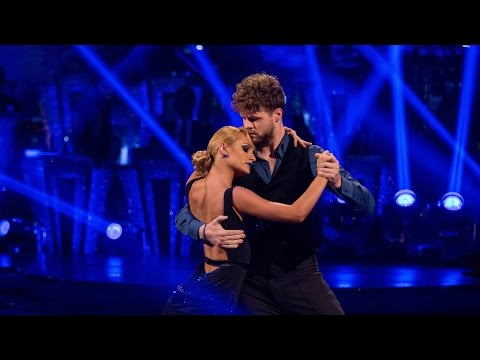 Jay McGuiness & Aliona Vilani Argentine Tango to 'Diferente' - Strictly Come Dancing: 2015