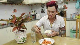 Cuộc sống cô đơn trong căn nhà 5 tỉ của Lâm Chấn Huy