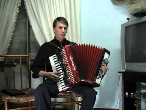 MIS HARAPOS.wmv  caballero del ensueño , instrumental acordeon jose maria.