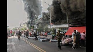 Kebakaran Hebat Hanguskan Toko Mebel di Rembang