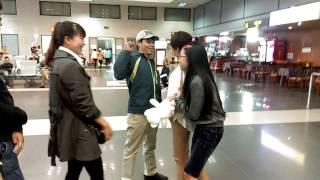 Đón c7 tại sân bay nội bài ngày 25/03