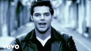 Ricky Martin - María (Spanglish Video Remastered)