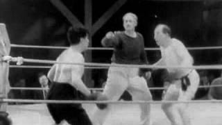 Charlie Chaplin - Boxing