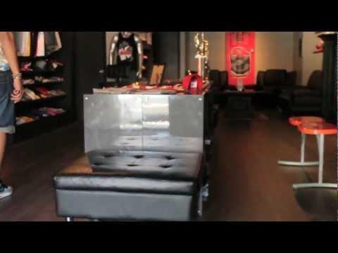 Sneaker Room JC Store