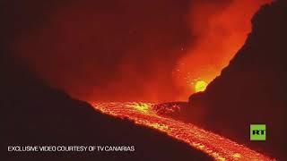 أنهار-من-الحمم-تتدفق-من-بركان-كومبري-فييخا-مع-اشتداد-ثورانه-لليوم-الثامن-على-التوالي-