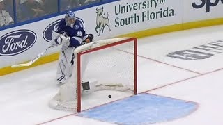 NHL Bloopers Of The Week: Where's The Puck?