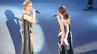 Twins - 下一站天后 (黃偉文作品展2012) YouTube 影片