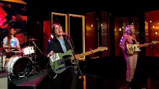 Pillow Queens Perform 'When You're Gone' | The Late Late Show | RTÉ One
