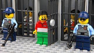 Lego Prison Break - Invisible Man 3