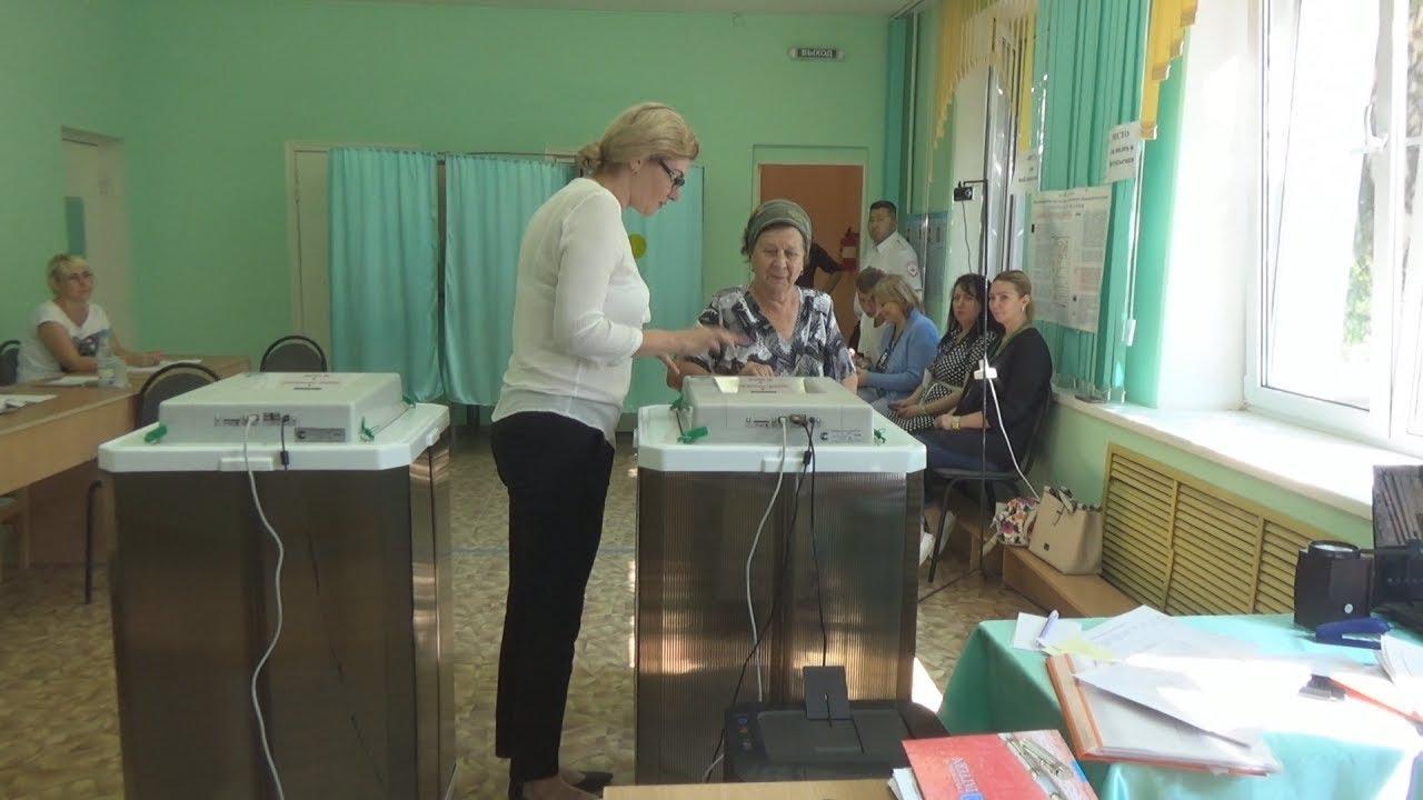 Наблюдатели заявляют о нарушениях на выборах в Астрахани