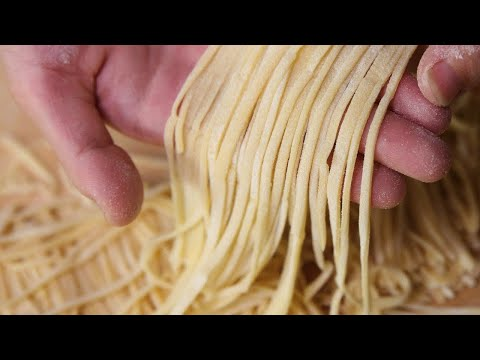 THE ART OF HOMEMADE NOODLES - How to make Chinese Noodles At Home (Recipe)