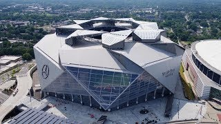 The Atlanta Falcons' Revolutionary New Stadium Is Unlike Any Other You've Seen
