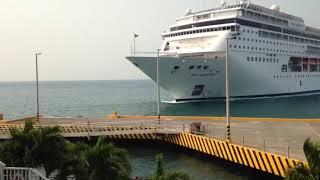 MSC Armonia cruise ship hits in to dock in Honduras