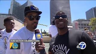 Andre Igoudala and Shaun Livingston are so happy about another Warriors win