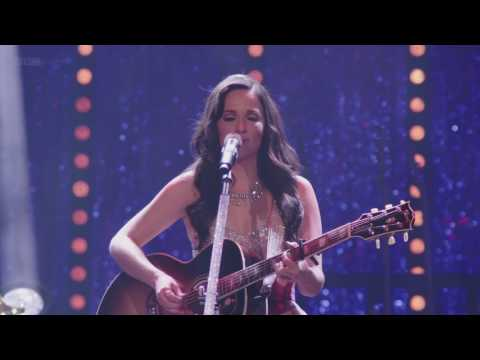 Kacey Musgraves - Merry Go 'Round (Live at Royal Albert Hall)