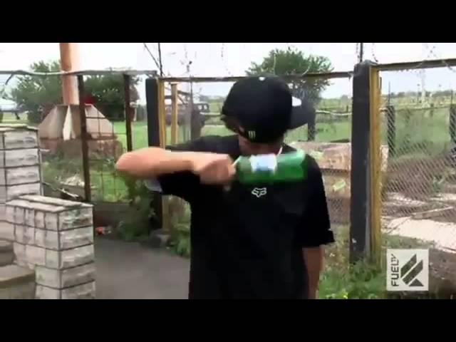 Американцы бьют бутылки за спецназ
