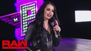 """Paige presents a special look at """"Fighting with My Family"""": Raw, Feb. 4, 2019"""