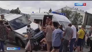 Жуткая авария в Нефтяниках — под колеса внедорожника выкинуло велосипедиста
