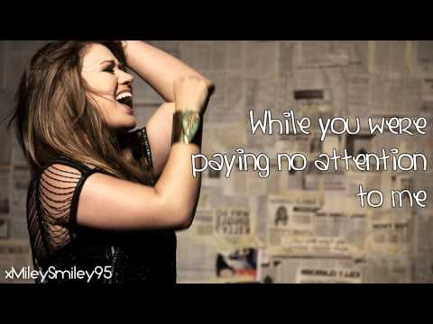 Kelly Clarkson - Alone (with lyrics)