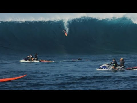 Forecasting the Perfect Swell - Red Bull JAWS 2013