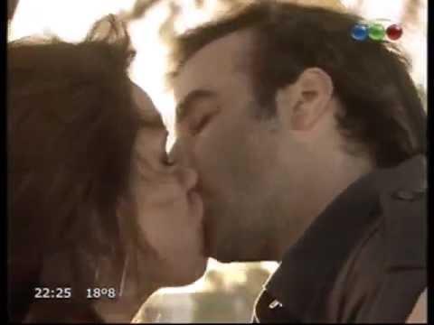 Andy y Loli se besaron en