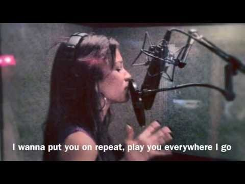 Baixar Zendaya Coleman - Replay With Lyrics