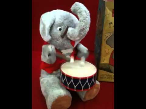 Elegant Elephant mechanical toy