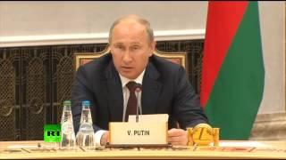 Путин и Порошенко на встрече лидеров стран Таможенного союза