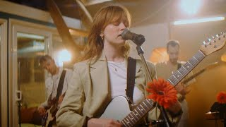 Orla Gartland - You're Not Special, Babe (live at Middle Farm Studios)
