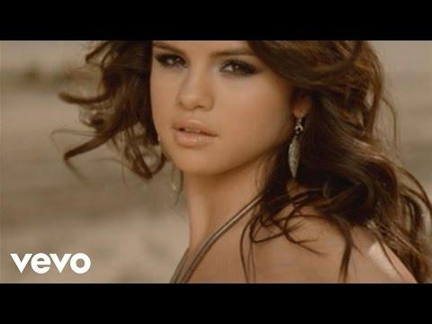 Selena Gomez & The Scene - Un Año Sin Lluvia (Video Oficial)