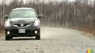 2010 Nissan Altima 3.5 SR Review by Auto123.com