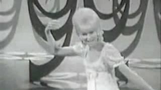 Dusty Springfield ~ Wishin' and hopin'