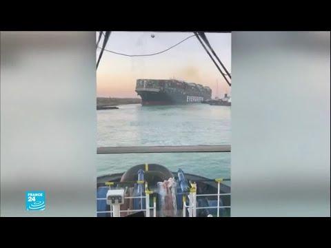 """استئناف حركة الملاحة بقناة السويس بعد تعويم سفينة الحاويات """"إيفر غيفن"""" الجانحة"""