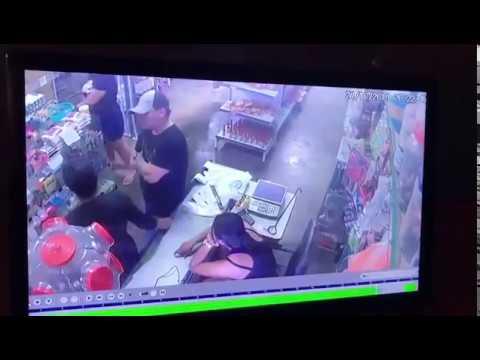 Homem tenta matar esposa e arma falha varias vezes