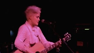 "Amy Wadge - ""Thinking Out Loud"""