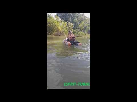 Pêche en float-tube | Le moulinet casse face à un silure