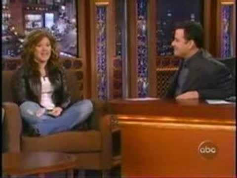 Funny Kelly Clarkson Moments Part 2....