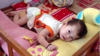 Thăm các bé mồ côi bị bỏ rơi tại trung tâm bảo trợ và cô nhi viện