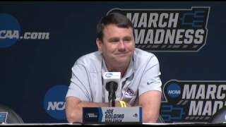 Abilene Christian coach to wear ripped suit pants during Kentucky game