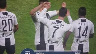 C. Ronaldo ghi siêu phẩm vào lưới AJAX/ PES 2019