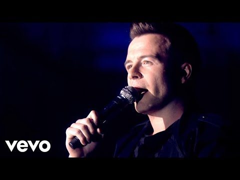 Westlife - Uptown Girl (Live from The O2)