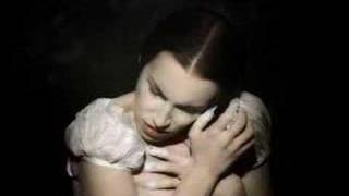Annie Lennox - Love Song For A Vampire